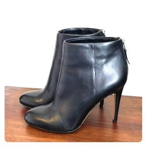 Beautiful black leather Sam Edelman ankle boots